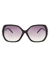 Zyaden Black Rectangle Women Sunglasses - By