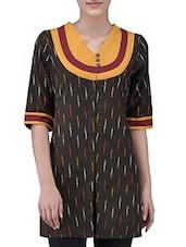 Brown Cotton Ikat Printed Short Sleeves Kurti - By