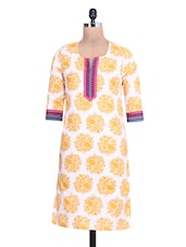 White And Yellow Printed Cotton Kurta - By