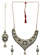 Blue Embellished Jewellery Set - By
