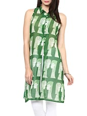Green Printed Sleeveless Georgette Kurta - By