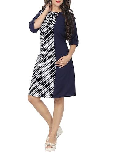 6ff001e0fac5 Knee length dresses - Buy Knee length dresses Online at Best Prices ...