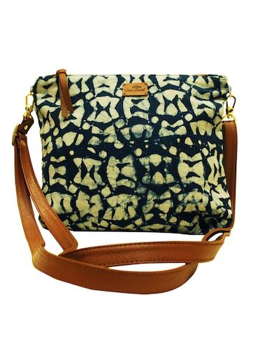 Sling Bags For Women Upto 70 Off Buy Messenger Sling Bags For