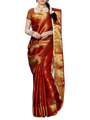 white and red kanjivaram silk  saree with blouse - 13885563 - Standard Image - 3