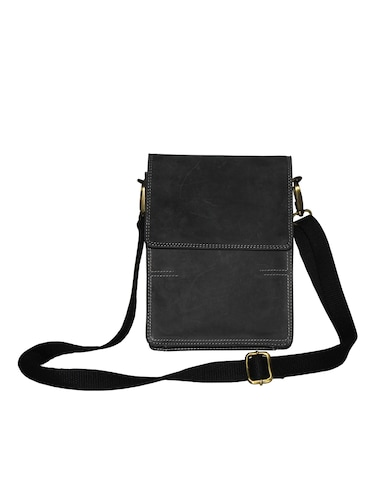 d8980eaa12 Buy man bag leather in India   Limeroad