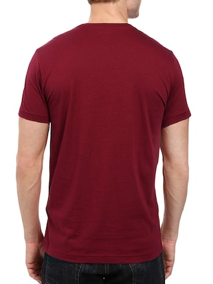 maroon cotton chest print tshirt - 14501598 - Standard Image - 3