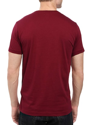 maroon cotton chest print tshirt - 14501626 - Standard Image - 3