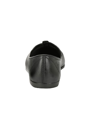 black leatherette slip on juti - 14528707 - Standard Image - 3