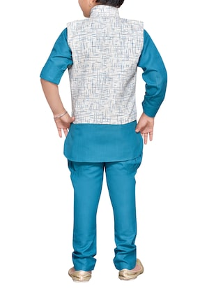 blue cotton blend kurta set and waistcoat - 14537653 - Standard Image - 3