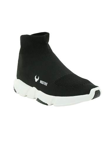689bfa791 Sports Shoes for Men - Buy White   Black Running Shoes at Limeroad