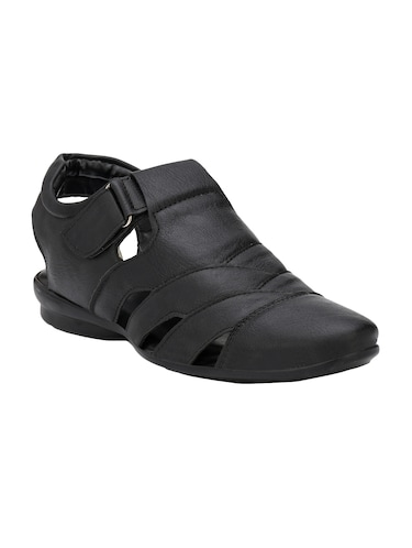 f203909bc Sandals and floaters for Men - Buy Leather Floaters Online in India
