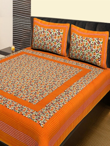 Cotton Traditional Double bedsheet with 2 pillow covers - 14862427 - Standard Image - 1