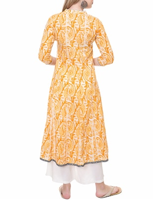 yellow cotton flared kurta - 14889578 - Standard Image - 3
