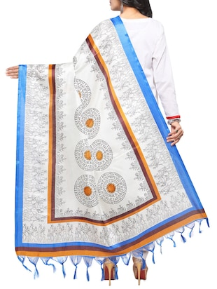 off-white art silk printed dupatta - 14894010 - Standard Image - 3