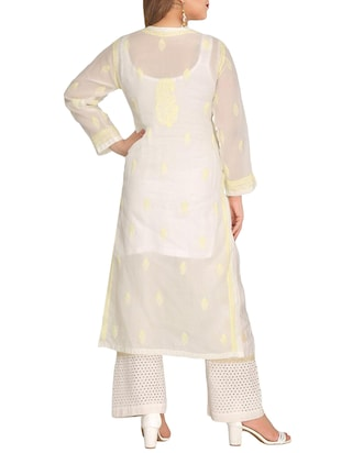 ADA cream cotton straight kurta - 14923017 - Standard Image - 3