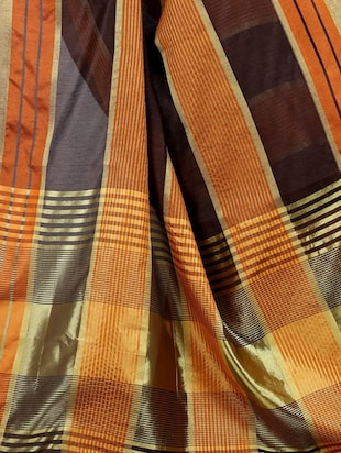 brown cotton woven saree with blouse - 15023555 - Standard Image - 3