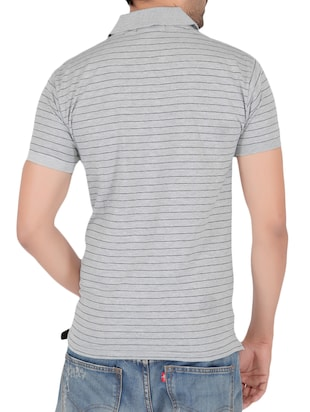 grey cotton pocket t-shirt - 15024340 - Standard Image - 3