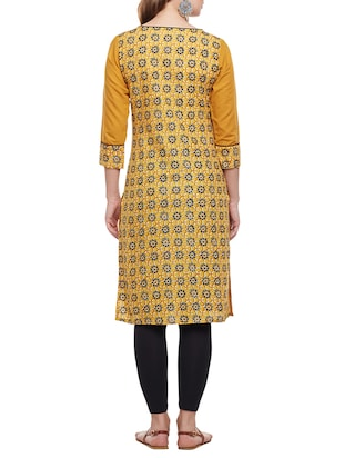 yellow cotton straight kurta - 15025560 - Standard Image - 3