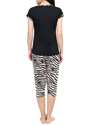 black printed capri nightwear set - 15030662 - Standard Image - 3