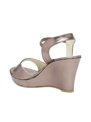 metallic back strap wedge - 15117321 - Standard Image - 3