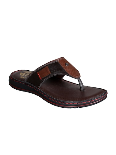 d75bb1f09c2e Slippers   Flip Flops for Men - Buy Leather Slippers Online in India