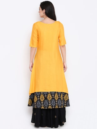 Layered kurta with palazzo set - 15186824 - Standard Image - 3