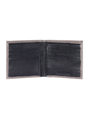 brown leather wallet - 15193515 - Standard Image - 3