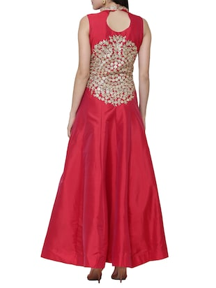 Red embroidered silk flared gown - 15195495 - Standard Image - 3