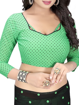 green georgette printed saree with blouse - 15218960 - Standard Image - 3