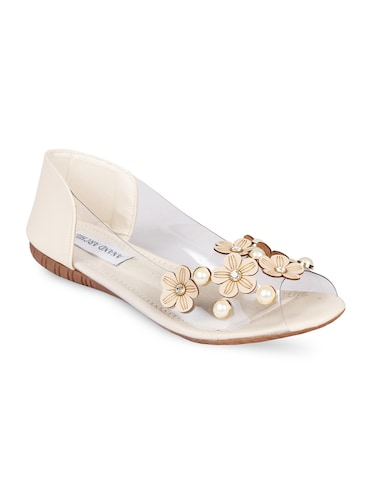 ac4994a67da708 Sandals for Ladies - Upto 70% Off