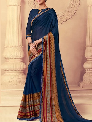 blue bordered saree with blouse - 15257648 - Standard Image - 1