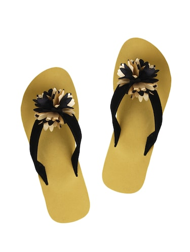 f48ab8c49e3252 Footwear for Women - Upto 70% Off