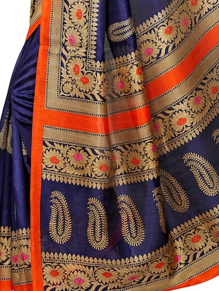 Paisley Printed saree with blouse - 15354245 - Standard Image - 3