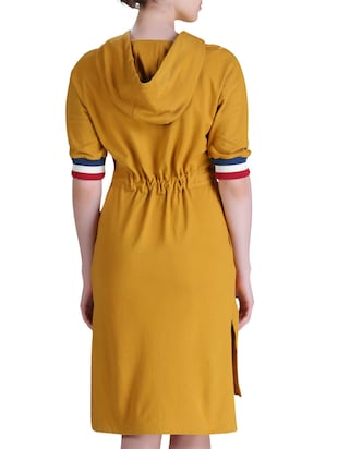 hooded belted dress - 15417258 - Standard Image - 3