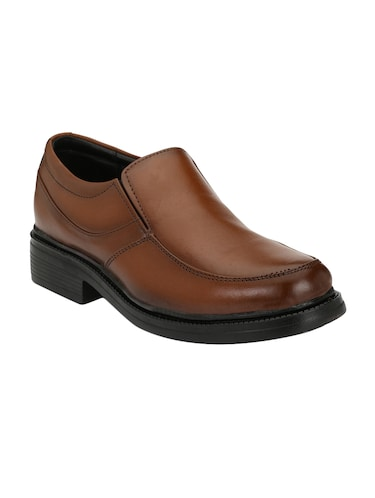 2463ffbb4 Footwear - Upto 70% Off