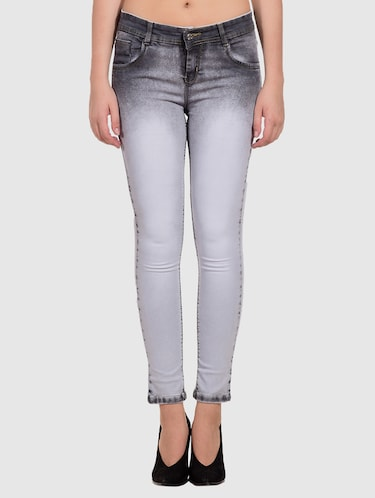 2ac7901ad Jeans for Women – Upto 70% Off   Buy Denim, Boyfriend fit, Ripped ...