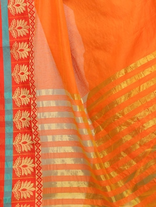 Contrast bordered kanjivaram saree with blouse - 15496466 - Standard Image - 3