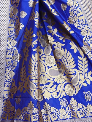 printed kanjivaram saree with blouse - 15496478 - Standard Image - 3