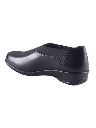 black slip on formal shoes - 15563767 - Standard Image - 3
