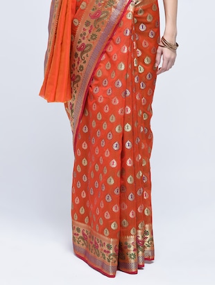 paisley zari border banarasi saree with blouse - 15622876 - Standard Image - 3