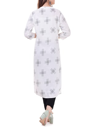Printed straight kurta with tassels - 15626356 - Standard Image - 3