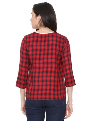 round neck checkered top - 15728395 - Standard Image - 3