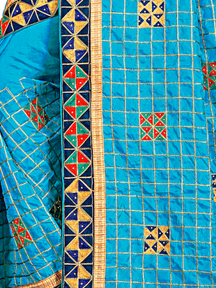 geometrical resham embroidered saree with blouse - 15729731 - Standard Image - 3