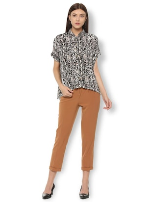 animal print asymmetric shirt - 15735399 - Standard Image - 3