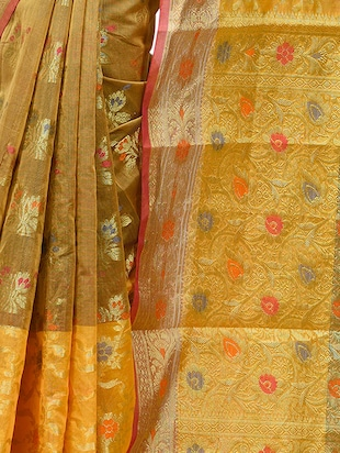 floral chanderi banarasi saree with blouse - 15737563 - Standard Image - 3