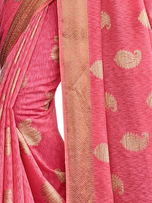 gold border jute linen banarasi saree with blouse - 15746921 - Standard Image - 3