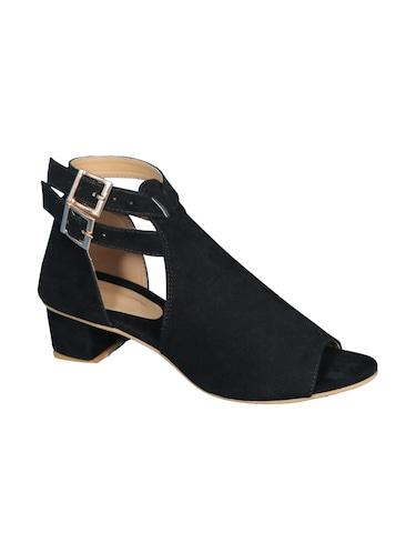 56ee72b2e11 Footwear for Women - Upto 70% Off
