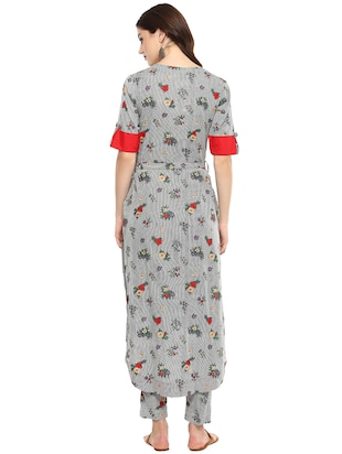 Stripes & floral high-low kurta with pant set - 15965382 - Standard Image - 3