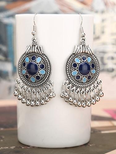 Earrings For Women - Buy Designer Jhumkas & Studs for Women