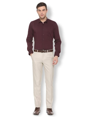 maroon solid formal shirt - 16113662 - Standard Image - 3